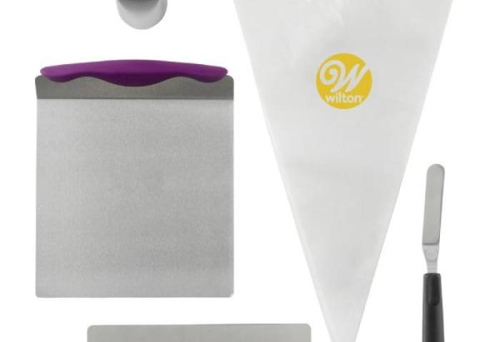 Wilton Cake Decorating Kit For Beginners With Lifter Spatula Icing