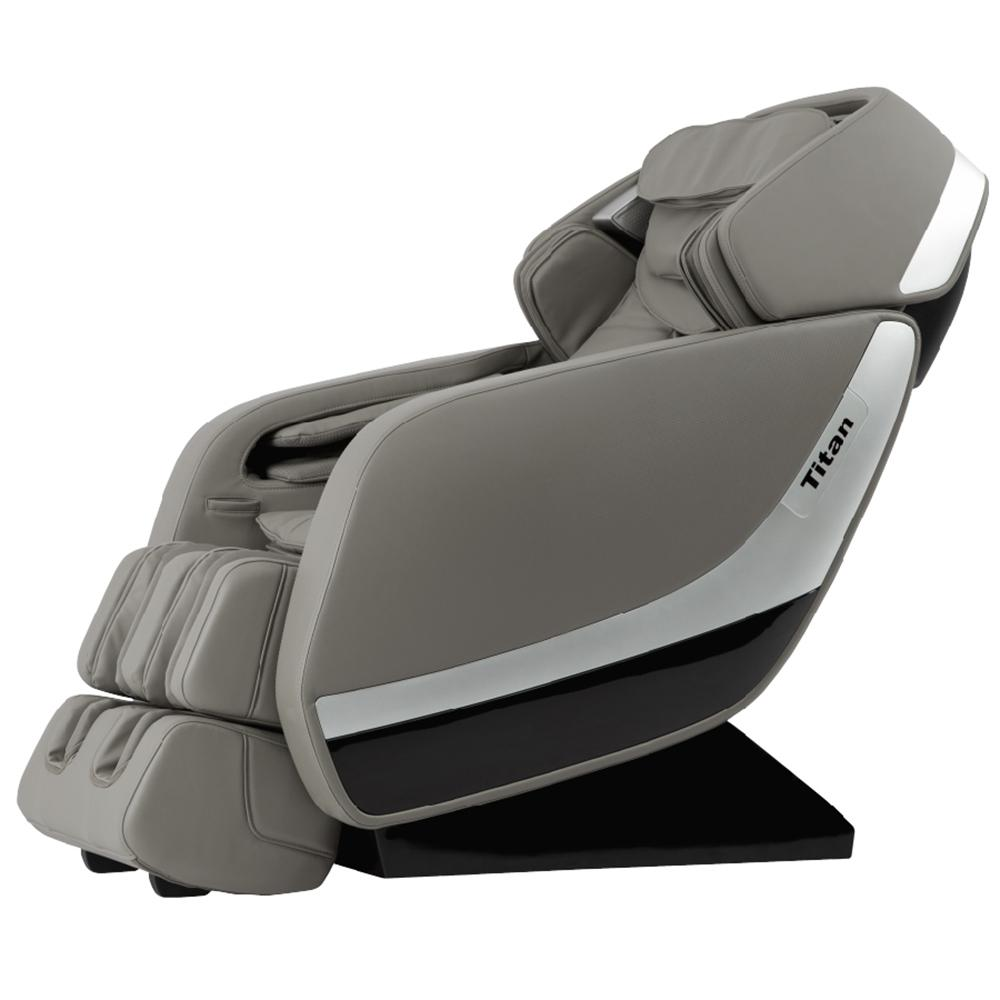 recliner massage chair masters folding chairs titan pro jupiter xl series grey faux leather reclining with 3d l track