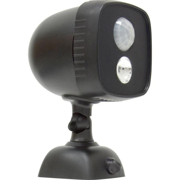 Power Gear 25-watt 110 Black Battery-operated Wireless Motion Activated Outdoor Integrated Led