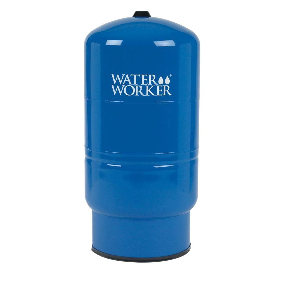 hight resolution of water worker 14 gal pressurized well tank