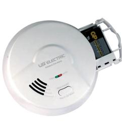 universal security instruments hardwired interconnected smoke and rh homedepot com usi electric smoke detector 1208 beeping [ 1000 x 1000 Pixel ]