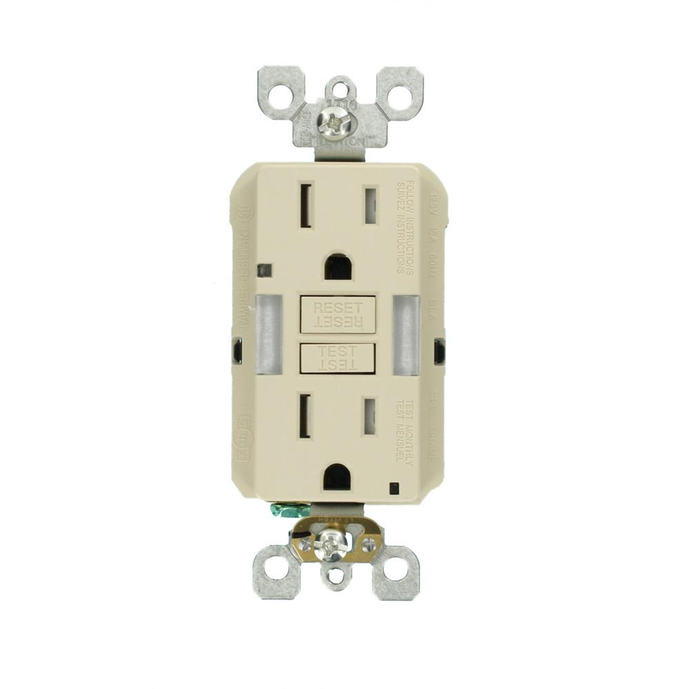 medium resolution of leviton 15 amp self test smartlockpro combo duplex guide light and tamper resistant gfci outlet