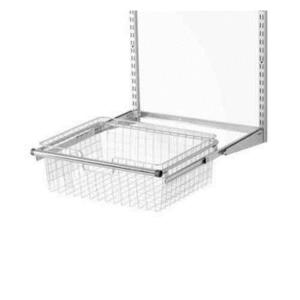 Rubbermaid 17.5 in. x 23.5 in. x 7.25 in. Configurations