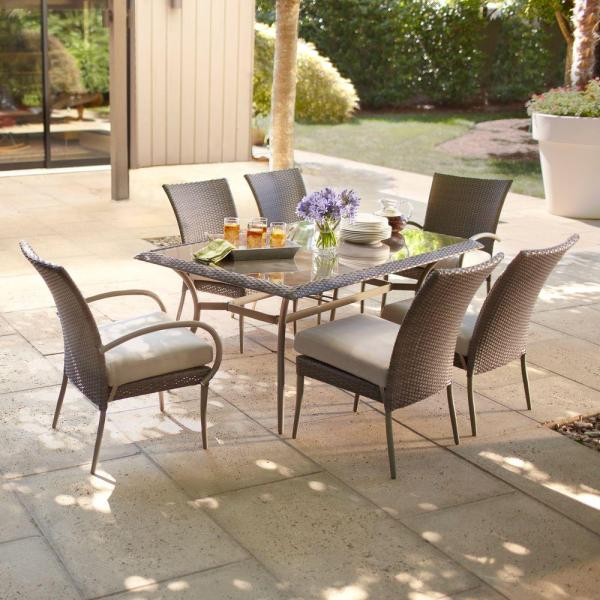 Hampton Bay Posada 7-piece Patio Dining Set With Gray