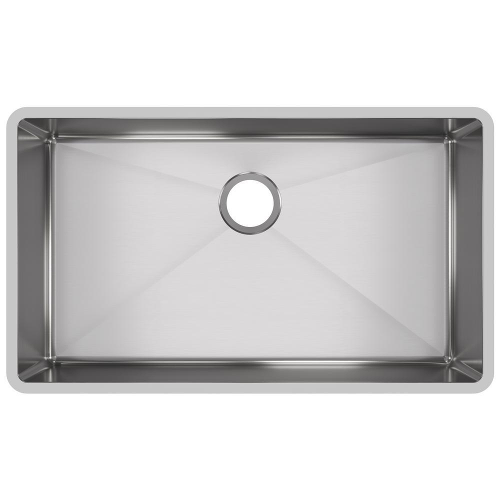 elkay kitchen sinks wholesale cabinets san diego crosstown undermount stainless steel 32 in single bowl sink with center drain