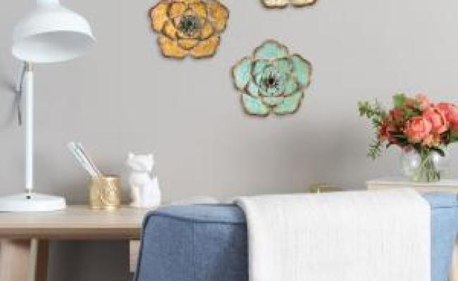 Stratton Home Decor Rustic Metal Flower Wall Decor Set Of