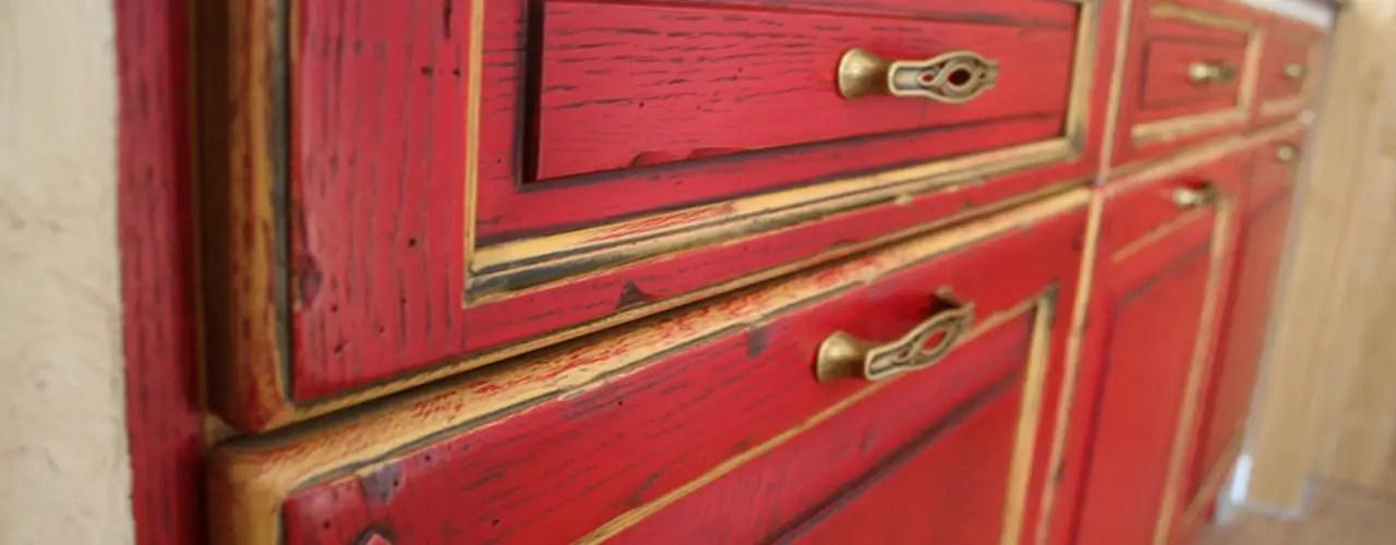 Münchner Hersteller Konzipieren Rote Küche Im Landhausstil