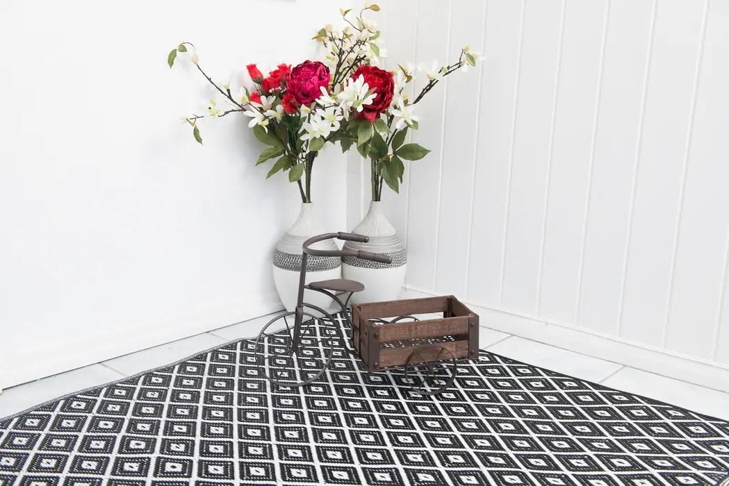arabian nights living room wood burner ideas indoor outdoor plastic black rug by green