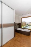 Einbauschrank im badezimmer moderne badezimmer von elfa ...