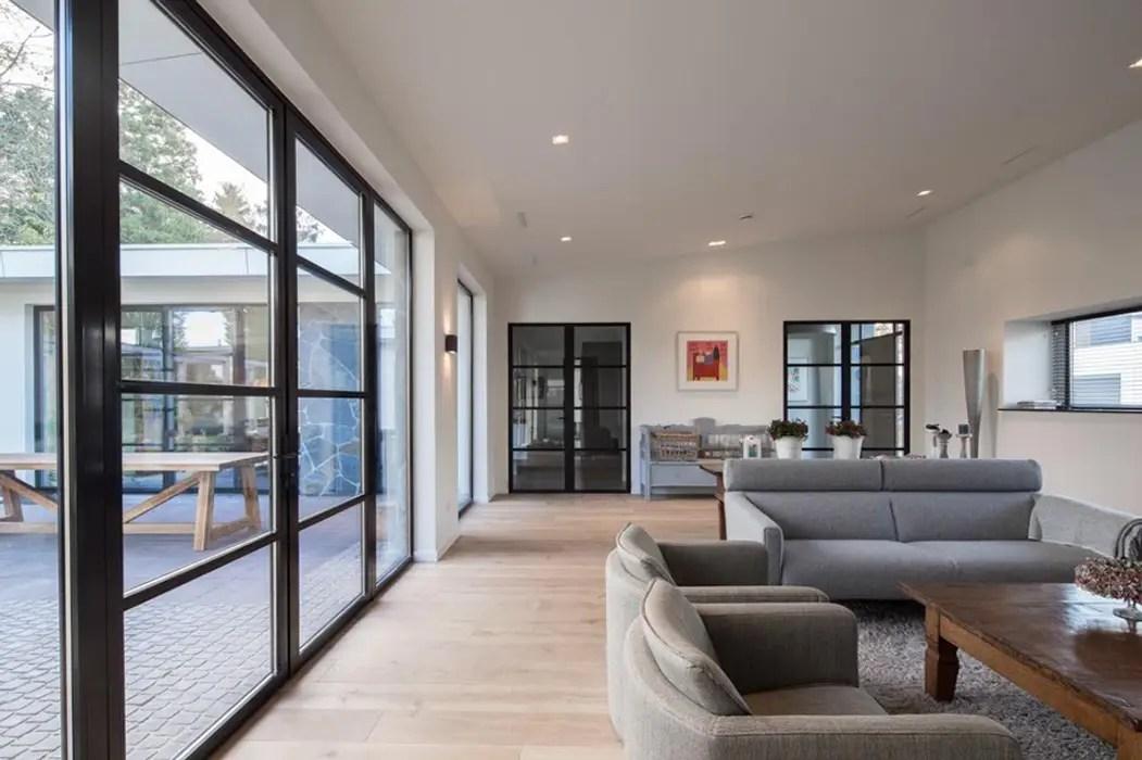 Moderne woonkamer woonkamer door van der schoot
