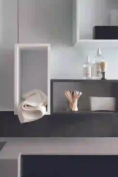 A proposito di lampade, è possibile utilizzare le mensole come comodini. Le Mensole Moderne Per Decorare Pareti E Stanze Homify