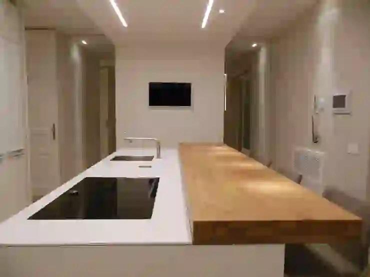 La cucina ha bisogno di luce sul piano di lavoro. A Caccia Di Idee 45 Controsoffitti Per Illuminare Casa Homify