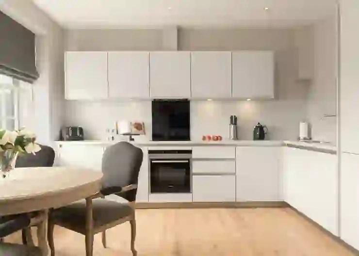 con le pareti scorrevoli in vetro potrai separare i due ambienti mentre si cucina, per poi aprire e unire la cucina al soggiorno dando vita a un ambiente open space. Soggiorno Con Cucina A Vista 6 Idee Per Definire Gli Spazi Homify