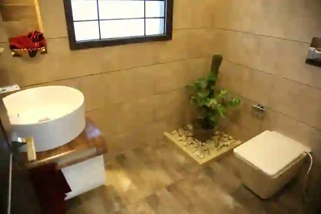 Kamar Mandi oleh Aayam Consultants