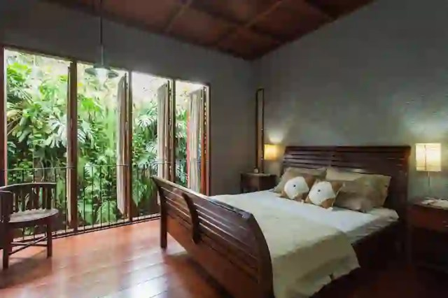 Rumah oleh homify, Tropis Batu Bata