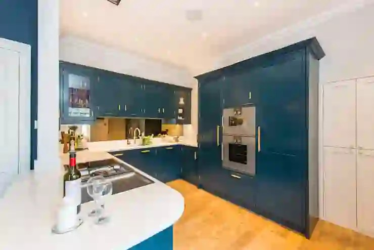 Hague Blue Painted Shaker Kitchen Homify