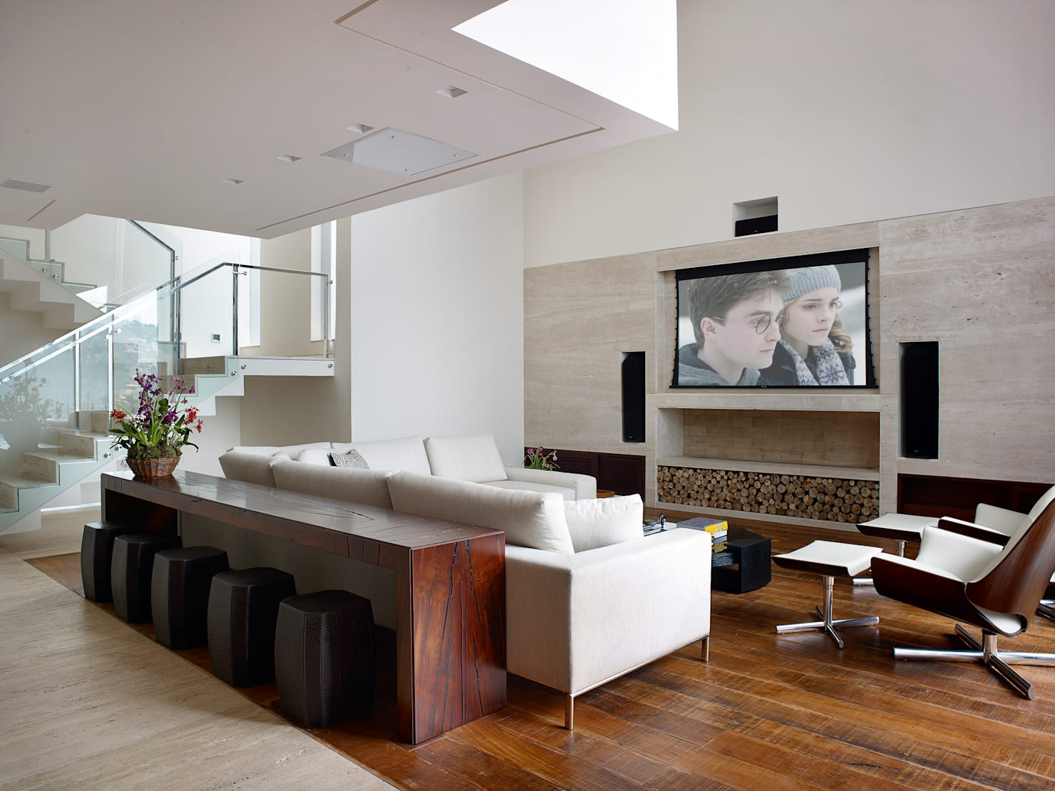15 Smart Solutions To Place The Tv In Living Room