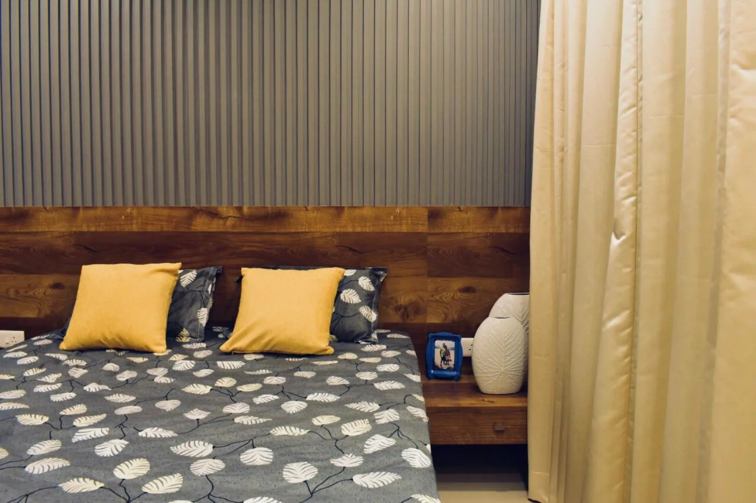 Simple And Space-saving Bedroom Design Ideas From Pune