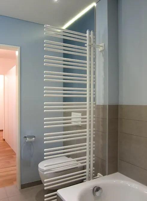 Kleines Bad mit groer Dusche von hansen innenarchitektur