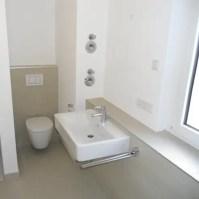 Badezimmer auf kleinstem Raum von Innenarchitektur-Moll ...
