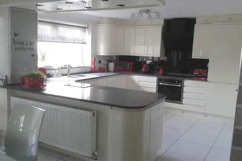 Ita Stone Quartz Worktops From Kitchens Liverpool By