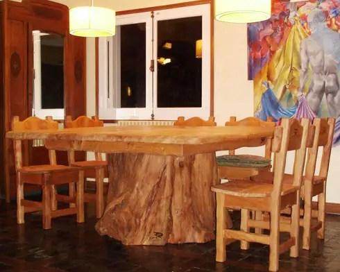 Mesas de madera maciza de Enrique Ramirez Muebles