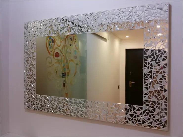 Dieci tipi di specchio da bagno