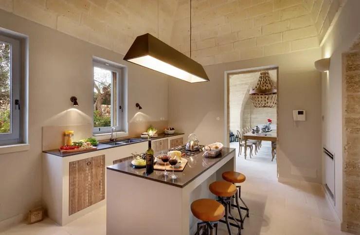Cucina Senza Pensili Idee e Esempi su Come Arredarla