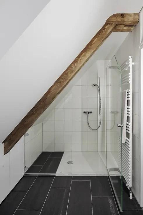 Kleine Badezimmer geschickt einrichten