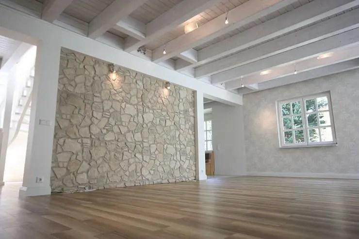 Holzbalken  von rustikal bis modern