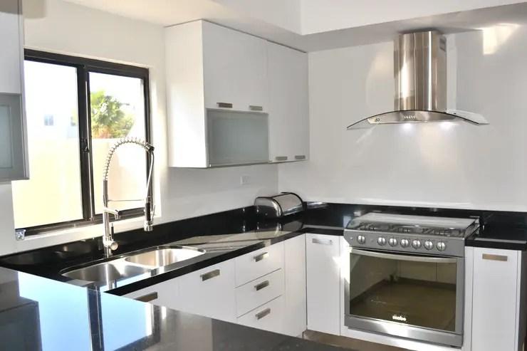 12 Fotos de cocinas modernas para que planifiques la tuya