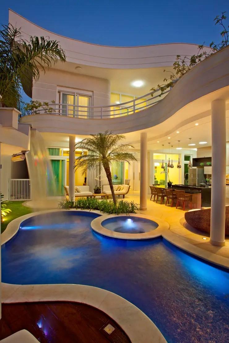 Casa Porto Seguro por Arquiteto Aquiles Ncolas Klaris  homify