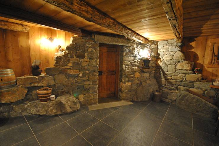 Taverna di montagna di Sangineto srl  homify