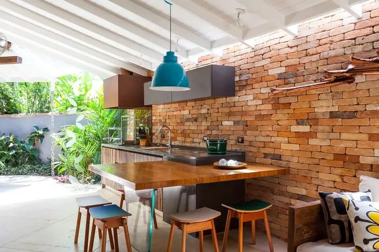 Casa Caiçara: Terraços translation missing: br.style.terraços.colonial por RAC ARQUITETURA