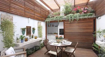 12 Great Ideas For A Modest Backyard