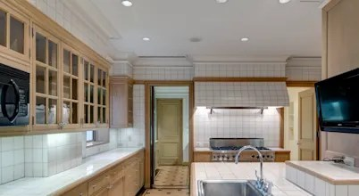 Kitchen Transformation : Before And After