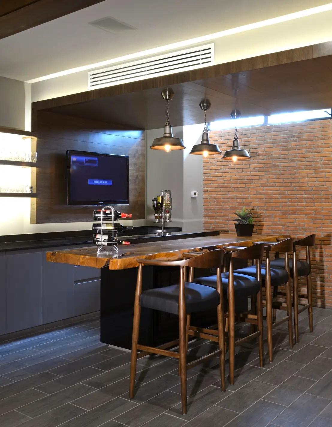 Cmo construir un mini bar en casa para impresionar a tus amigos