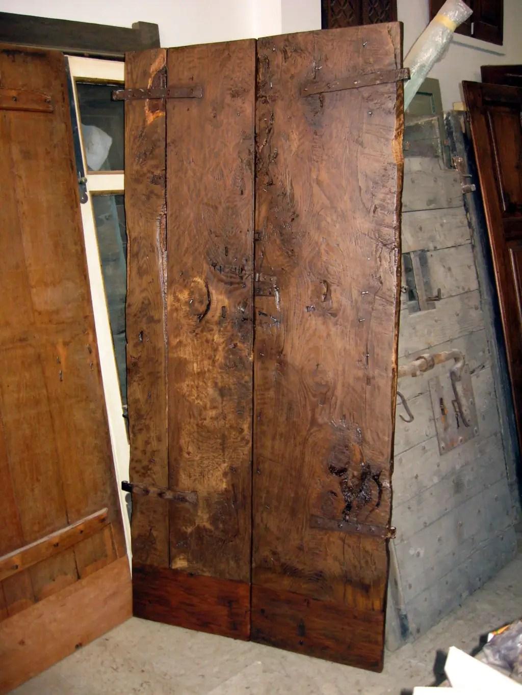 Porta antica restaurata arredamento interni moderni di