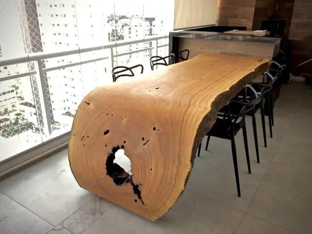 Mesa de Jantar Curva em Madeira Macia por ArboREAL Design