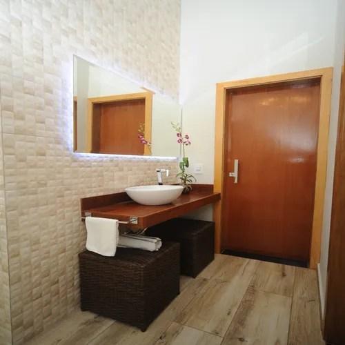 Ci sono tante idee per decorare le pareti del bagno, tanti suggerimenti che potete seguire, tanti spunti da attuare. 15 Idee Fantastiche Per Decorare Le Pareti Del Bagno Piccolo Homify