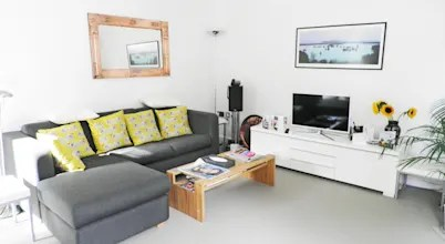 10 Smart Hacks For Having A Stylish Living Room At Low Cost
