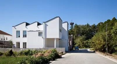 다채로운 표정을 짓는 여덟 가지 주택 외벽 컬러와 재료 조합