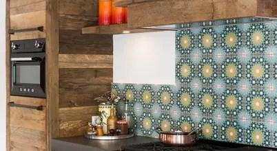 Eiken Keuken Met Kleurrijke Tegels, Liefdevol Gemaakt Door Een Keukenspecialist Uit Woerden