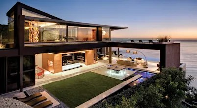 Stunning California Beach House Inspired By The Horizon