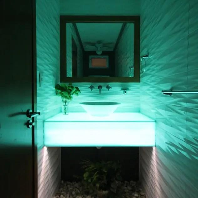 modern Bathroom by Losanto Arquitectos