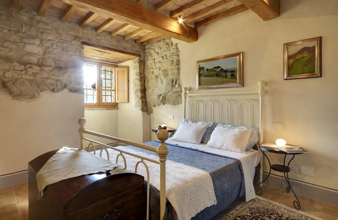 La camera da letto romantica