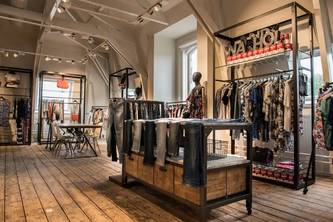 Showroom Pepe Jeans En Haarlem Holanda Door Gs