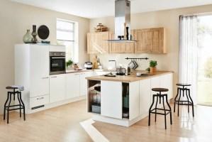 Moderne Landhaus Küche in U Form von Küche Aktiv   homify