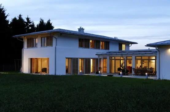 Elegantes Einfamilienhaus Mit Geschütztem Innenhof