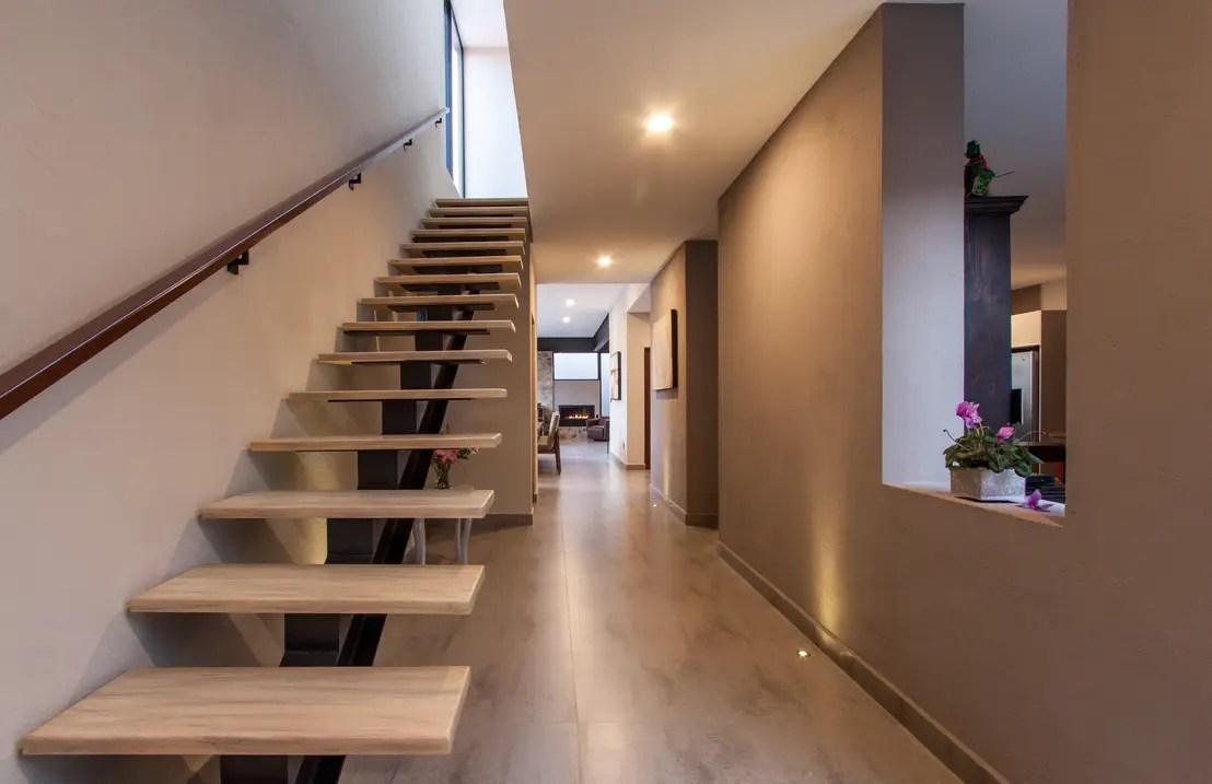 Welche Treppe passt am besten in mein Zuhause